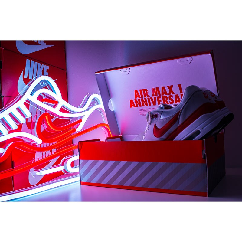 37d2a6f1c0 Air Max 1 LED Neon - LA SNEAKERIE