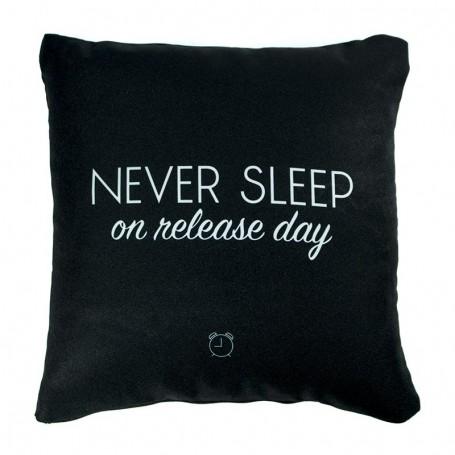 Coussin «NEVER SLEEP on release day» Noir - LA SNEAKERIE