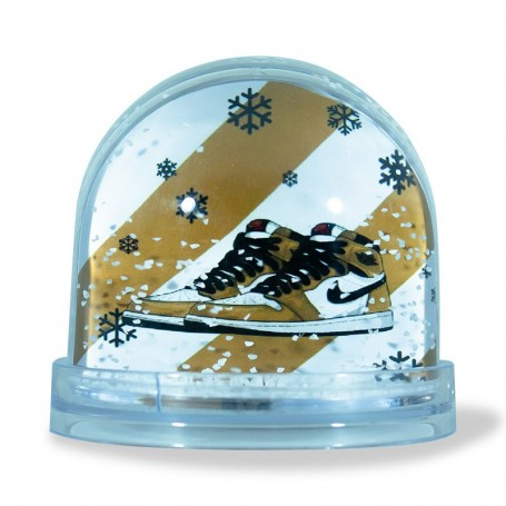 Air Jordan 1 Rookie of the year Snow Globe - LA SNEAKERIE