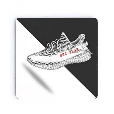Dessous de verre carré Yeezy Boost 350 V2 Zebra | La Sneakerie